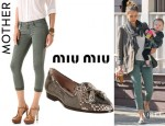 Jessica Alba's MOTHER Looker Pop Crop Skinny Jeans And Miu Miu Python Embossed Tassel Loafers