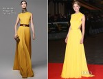 Rosamund Pike In Alexander McQueen - 'Jack Reacher' World Premiere