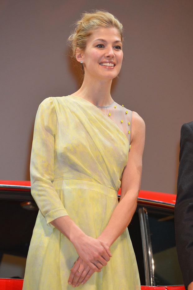 Rosamund Pike in Erdem