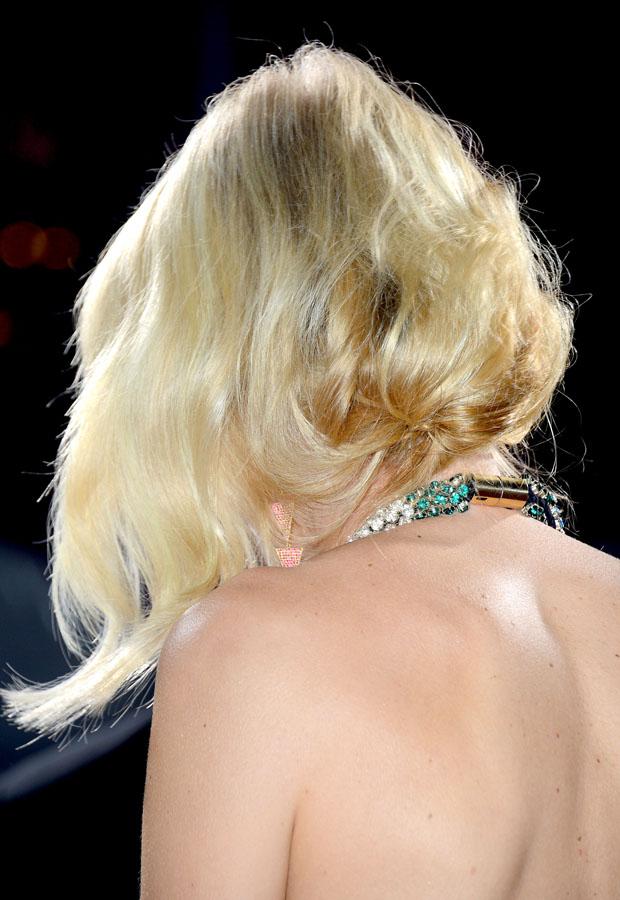 Naomi Watts in Alexander McQueen