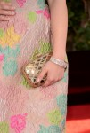 Ariel Winter's clutch