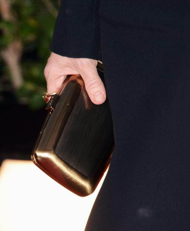Kate Hudson's Roger Vivier 'Boite de Nuit' clutch