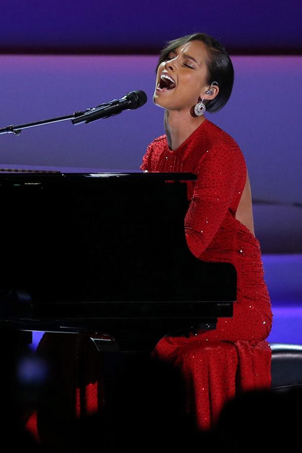 Alicia Keys In Michael Kors