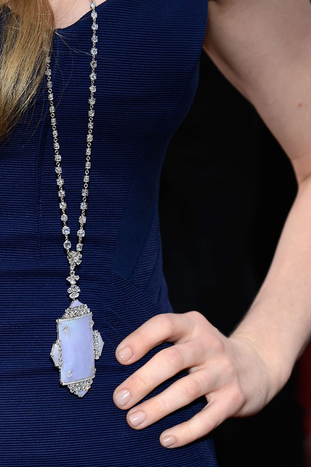Amanda Seyfried's Lorraine Schwartz necklace