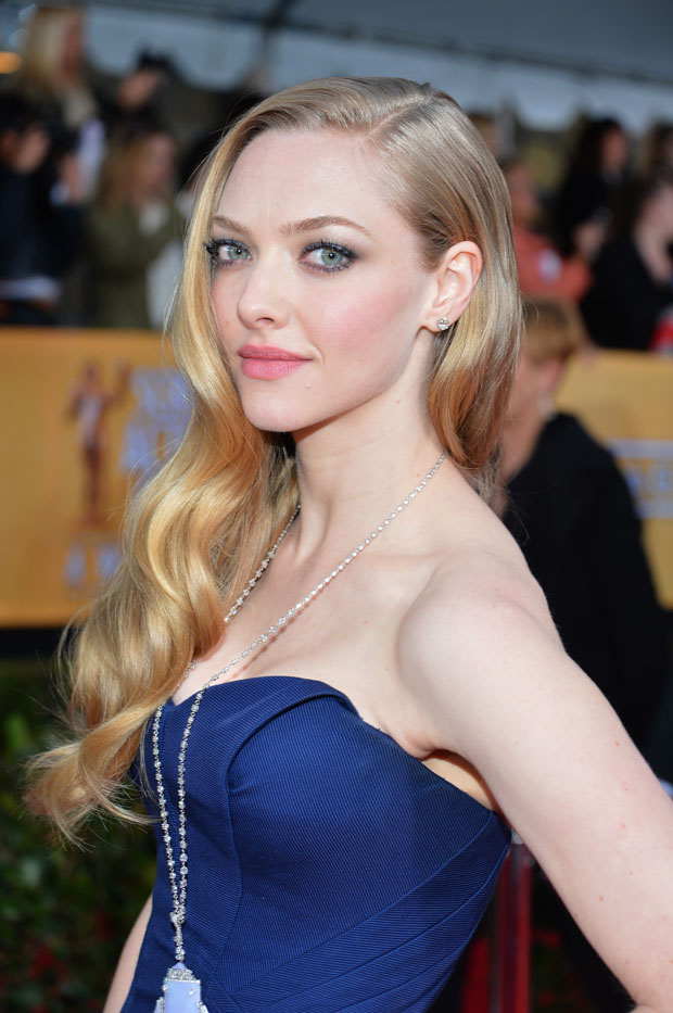 Amanda Seyfried in Zac Posen