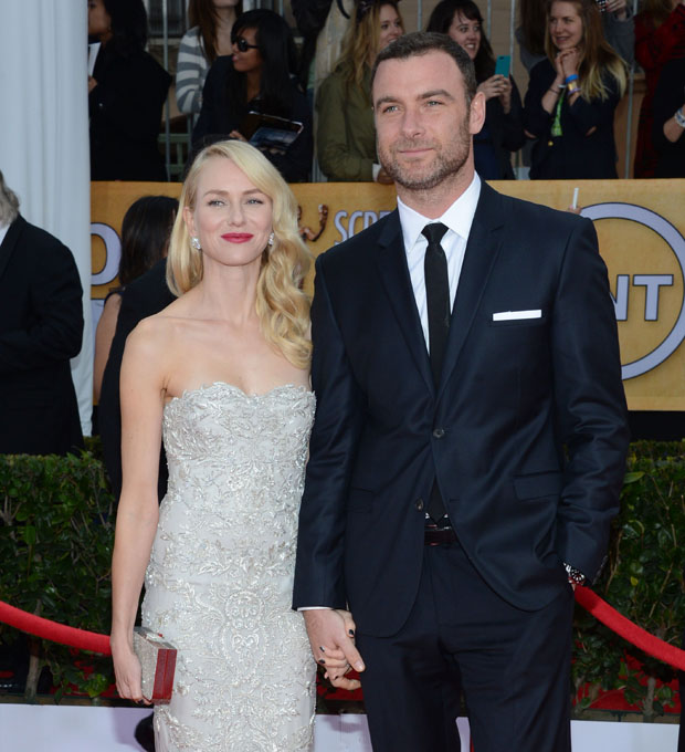 Naomi Watts in Marchesa and Liev Schreiber in Calvin Klein