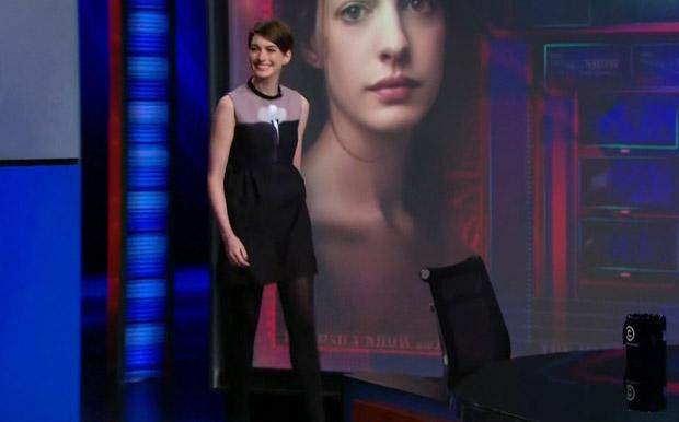 Anne Hathaway Victoria Beckham