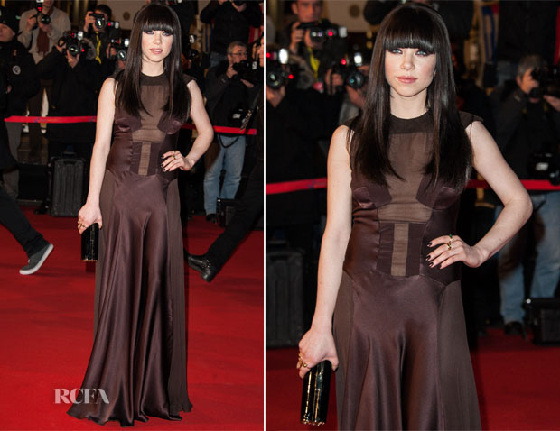 Carly Rae Jepsen In Izmaylova - 2013 NRJ Music Awards