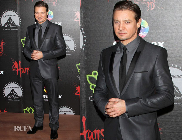 Jeremy Renner In Hugo Boss - 'Hansel and Gretel Witch Hunters' Mexico Premiere