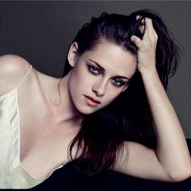 Kristen Stewart in Calvin Klein