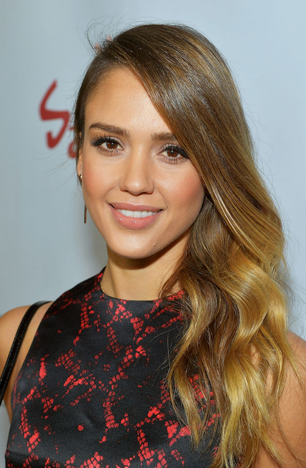 Jessica Alba in Louis Vuitton