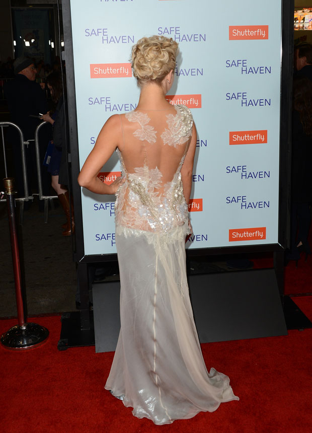 Julianne Hough in Alberta Ferretti