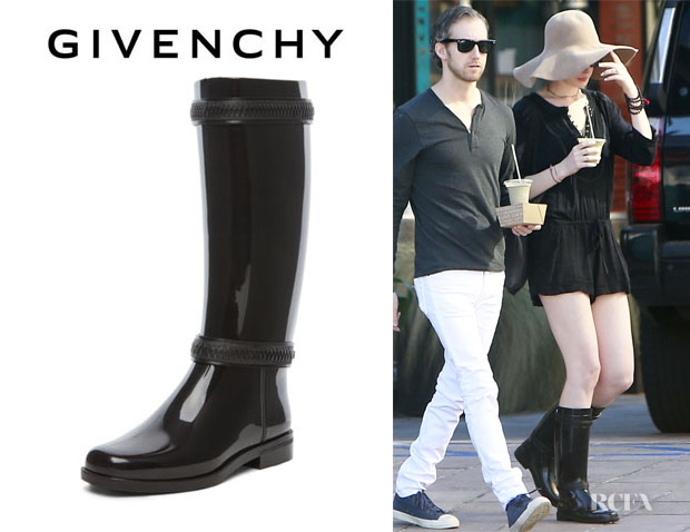Anne Hathaway's Givenchy Rain Boots1