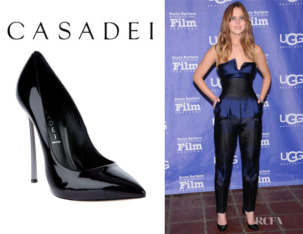 Jennifer Lawrence's Casadei Pointed Pumps