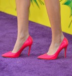 Bella Thorne's Alice + Olivia pumps
