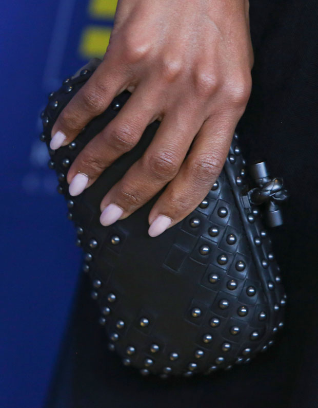 Kerry Washington's Bottega Veneta clutch