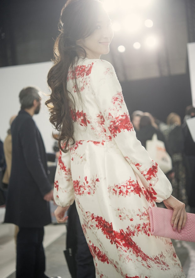 Pace Wu in Giambattista Valli