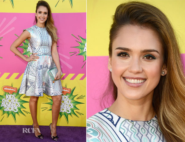 Jessica Alba In Mary Katrantzou - 2013 Nickelodeon Kids' Choice Awards