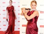 Uma Thurman In Atelier Versace - FilmAid Asia Power of Film Gala