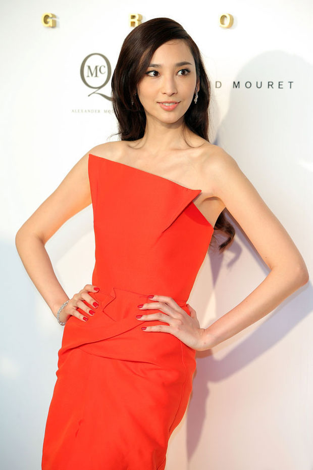 Pace Wu in Roland Mouret