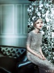 Oscar de la Renta dress  and Julien d'Ys headpiece