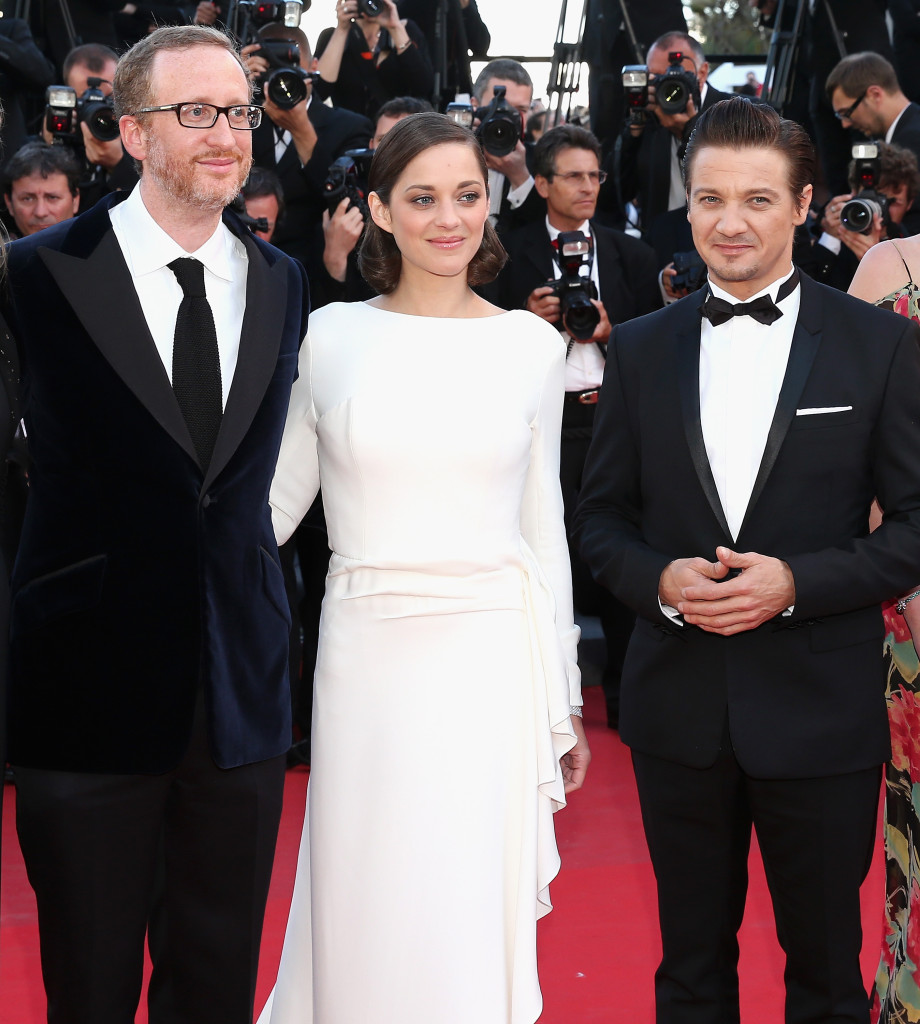 Marion Cotillard in Dior and Jeremy Renner in Dior Homme