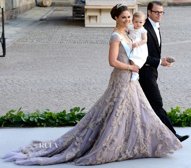 Valentino Fashion Designer Website