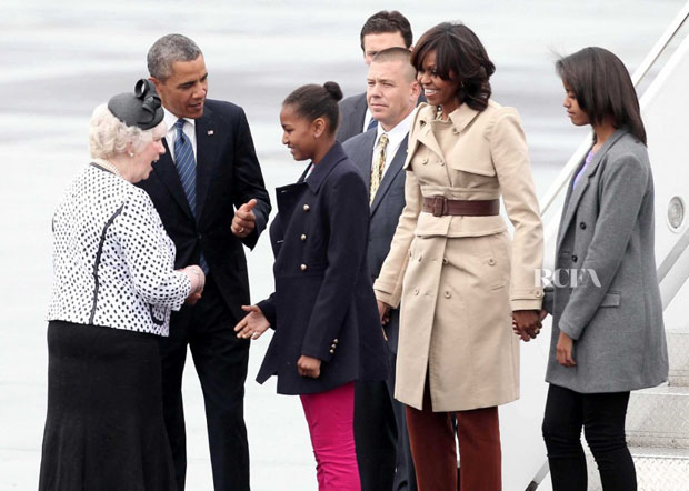 Michelle Obama In Burberry - Belfast International Airport