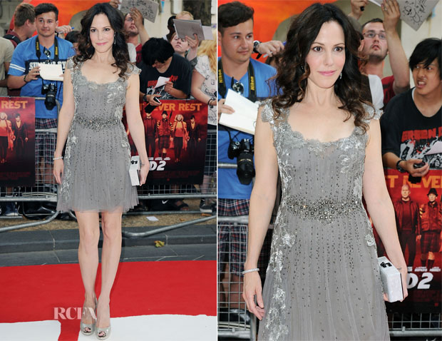 Mary Louise Parker In Alberta Ferretti - 'RED 2' London Premiere