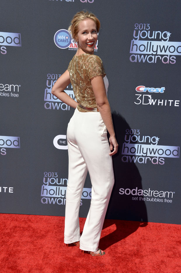 Anna Camp in Lorena Sarbu