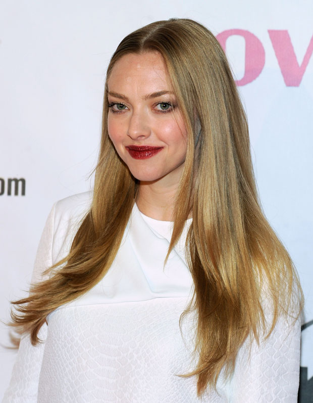 Amanda Seyfried in Stella McCartney