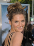 Stana Katic in Bec & Bridge