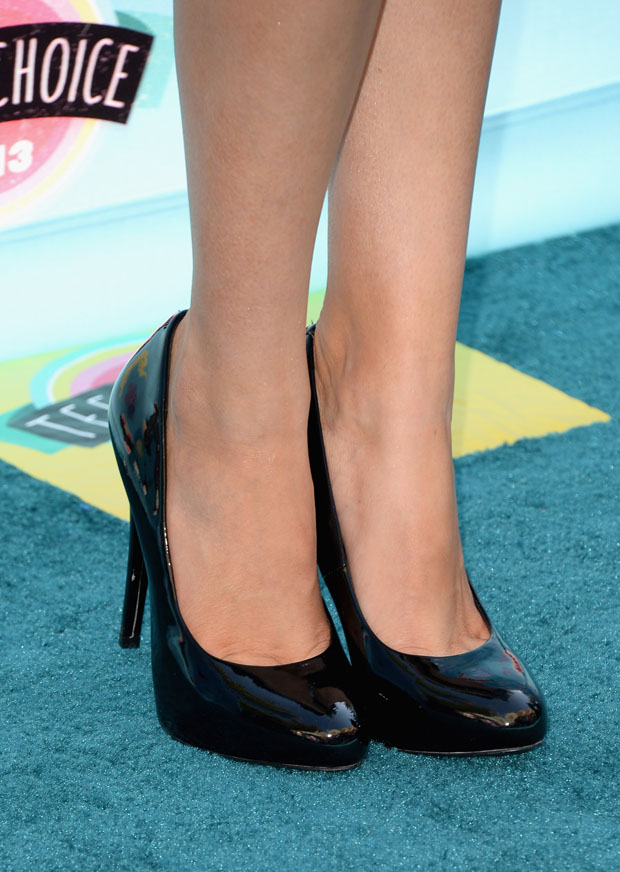 Bella Thorne's Candies pumps