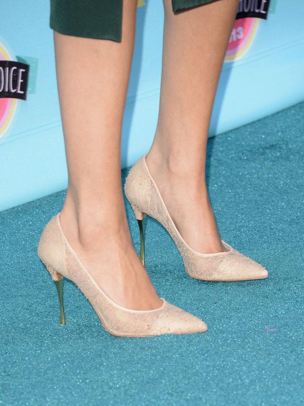 Selena Gomez' Nicholas Kirkwood pumps