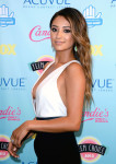 Shay Mitchell in Jenni Kayne