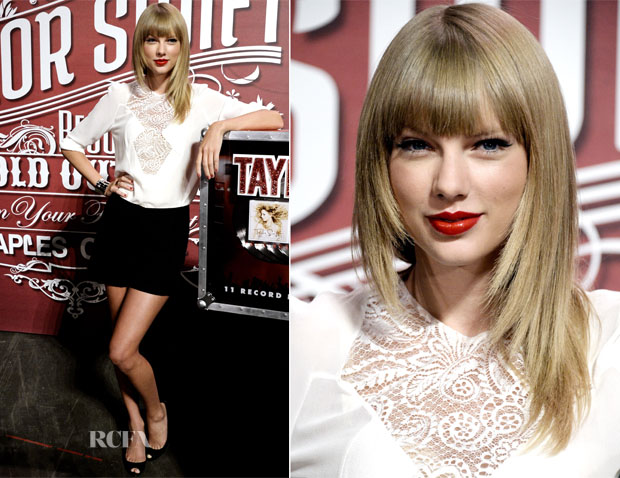 Taylor Swift In Elie Saab - Staples Center Press Conference