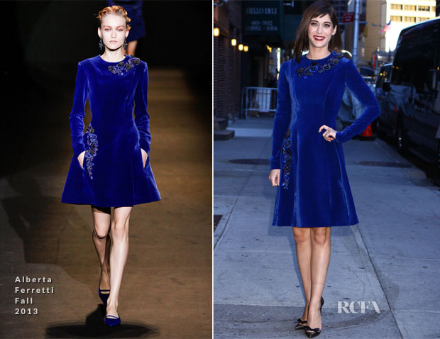Lizzy Caplan In Alberta Ferretti - Late Show With David Letterman