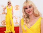 Anna Faris In Monique Lhuillier – 2013 Emmy Awards
