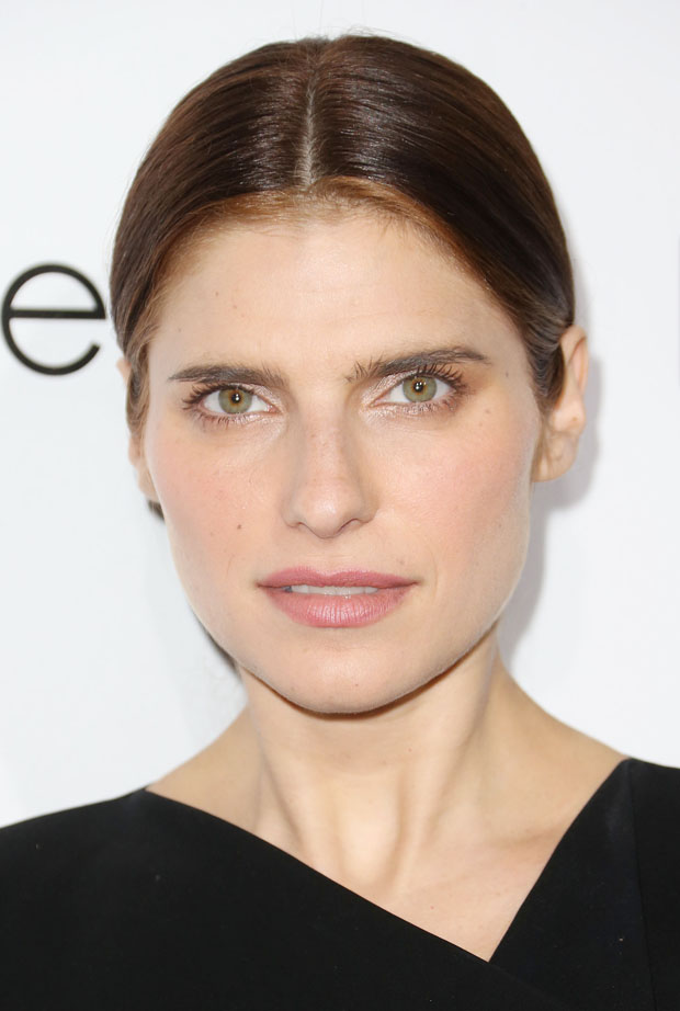 Lake Bell in Altuzarra