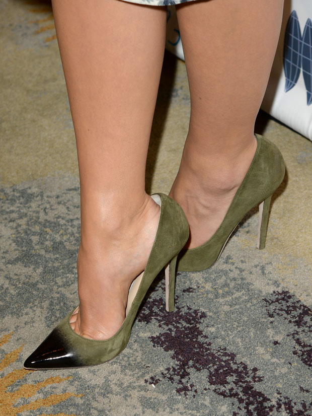 Olivia Wilde's Jimmy Choo pumps