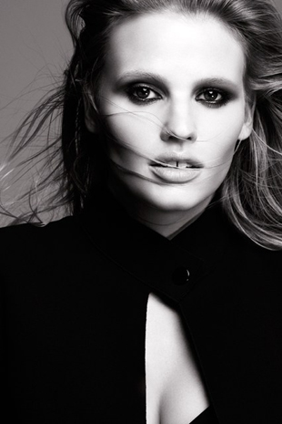 Lara-Stone-Courtesy-of-LOreal-Paris_b_426x639