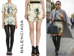Miranda Kerr's Balenciaga Sphinx Print Tee And Balenciaga Spinx Print Mini Skirt