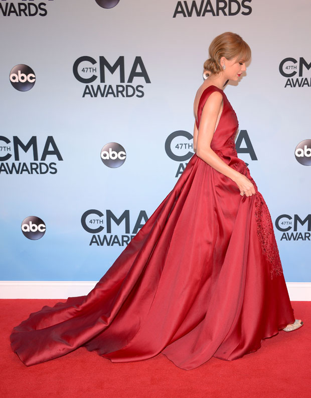Taylor Swift in Elie Saab Couture