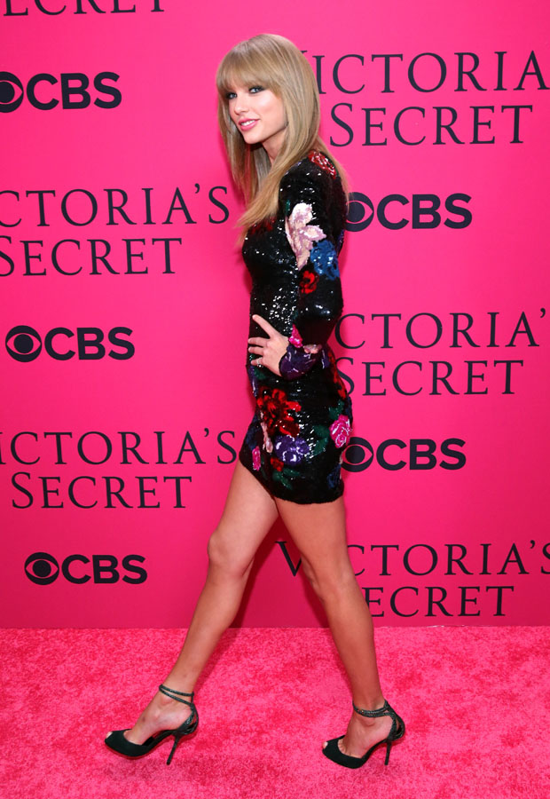 Taylor Swift 2013 Victoria S Secret Fashion Show Red