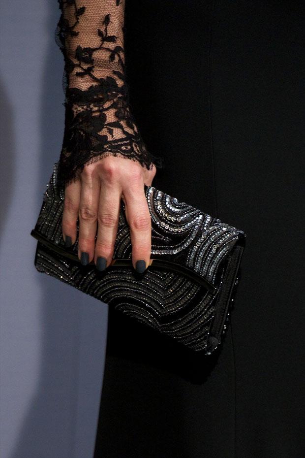 Juana Acosta's clutch