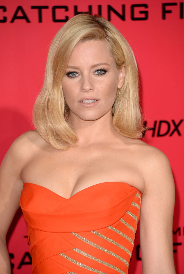 Elizabeth Banks in Versace