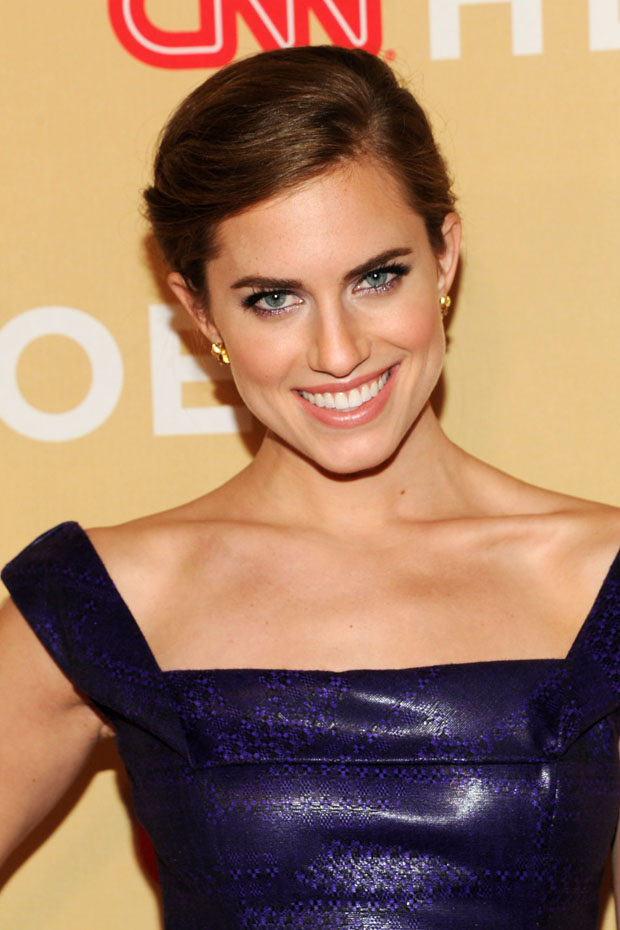 Allison Williams in L'Wren Scott