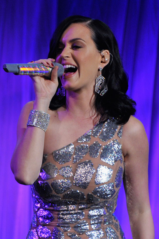 Katy Perry in Michael Kors