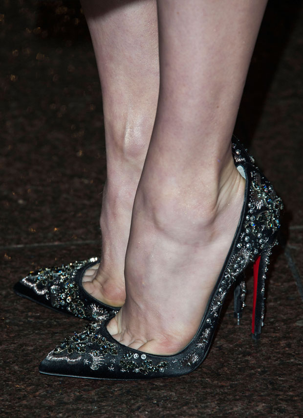 Amy Adams' Christian Louboutin pumps