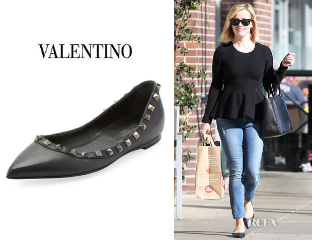 Reese Witherspoon's Valentino 'Rockstud' Leather Ballet Flats
